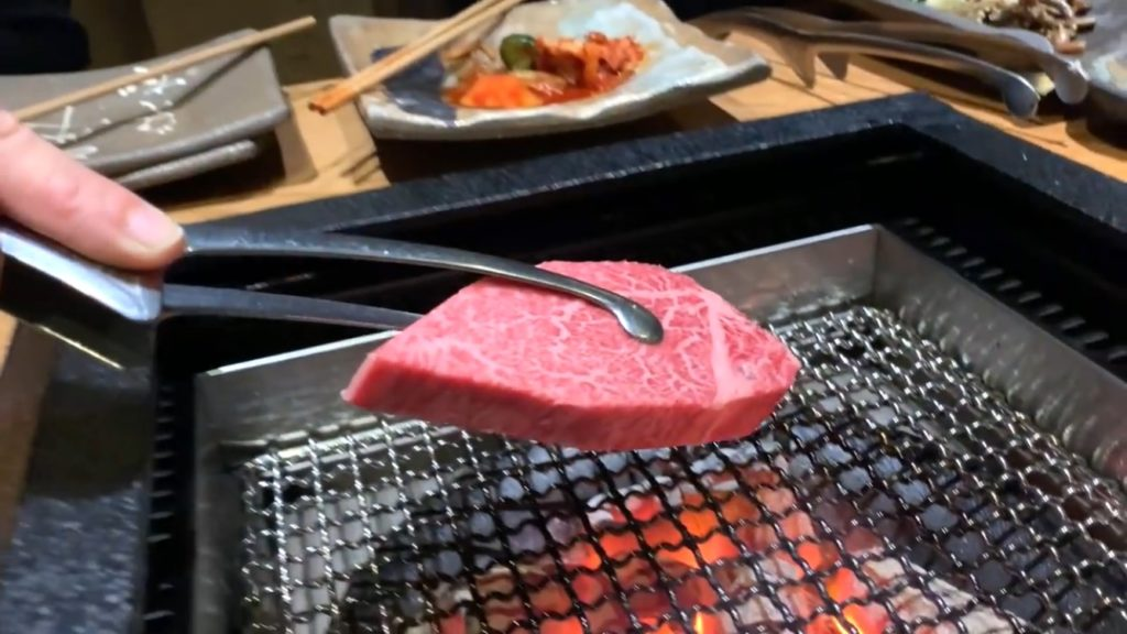 宮城県で仙台牛を食べたら言葉を失った!絶対に食べた方がいいお肉【炭火焼肉 牛仁 一番町本店】