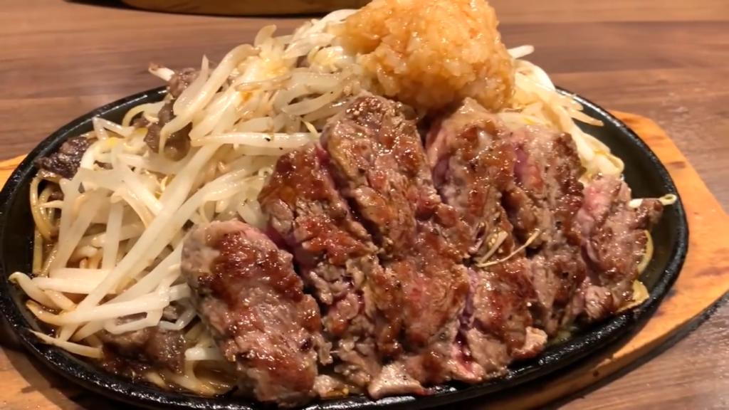 にんにくヤバめのマシマシ二郎系ステーキをたいらげてきた!!【1ポンドのステーキハンバーグタケル 上野店】