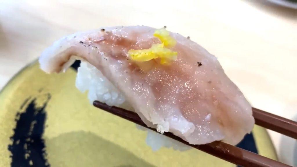 脂がのった大トロや、分厚いサーモンが100円!!ワンランク上の寿司ネタに驚いた【はま寿司】