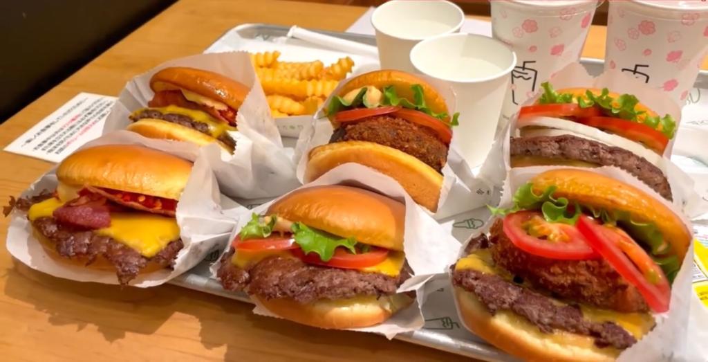 巷で話題のハンバーガー店で、バーガー全種類食べつくす!?【シェイクシャック 二子玉川店】