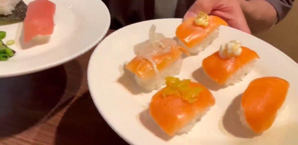 お寿司にステーキにローストビーフ!すべて食べ放題でお店の事が心配になった【フォールームス 越谷店】