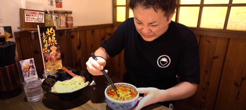 わっきー激辛に挑戦!!果てしない辛さの灼熱つけ麺を食べたら気を失いかけた【三田製麺所】
